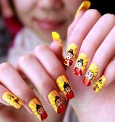 Foto de uñas con diseño de chinos