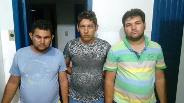 Ciganos são presos acusados de furto em residência em Conceição do Almeida