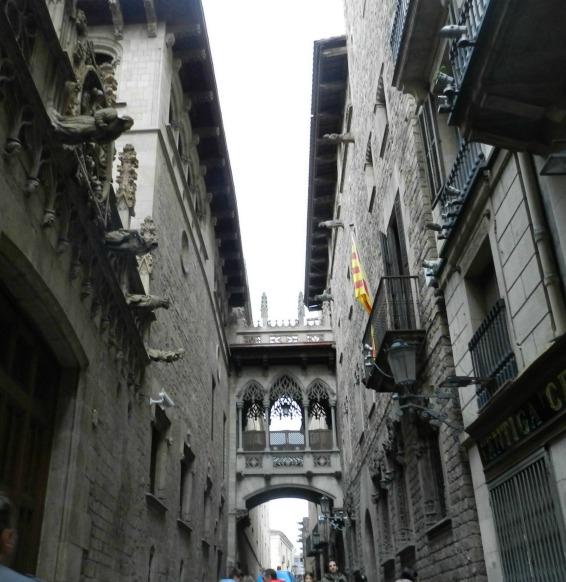 Free Walking Tour em Barcelona - Pont del Bisbe