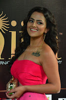 Sraddha in Sleeveless Off Shoulder Pink Dress at IIFA Utsavam Awards March 2017 009.JPG