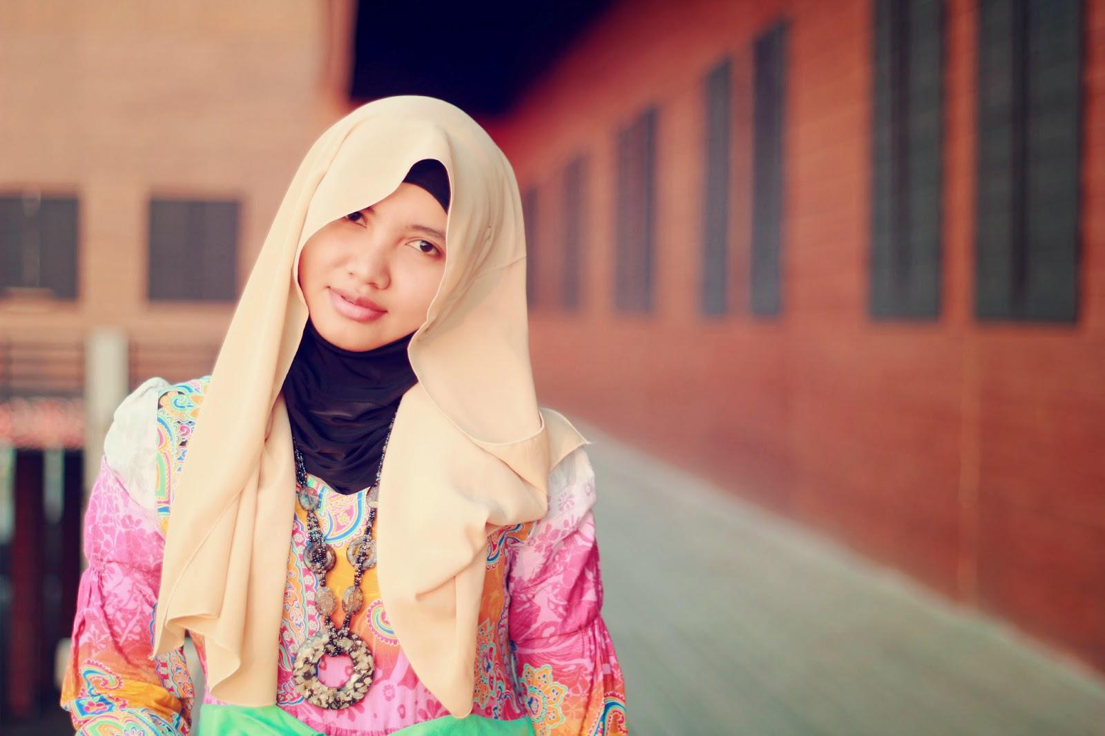 hijab cantik dan manis ala blogger indonesia beritakapan