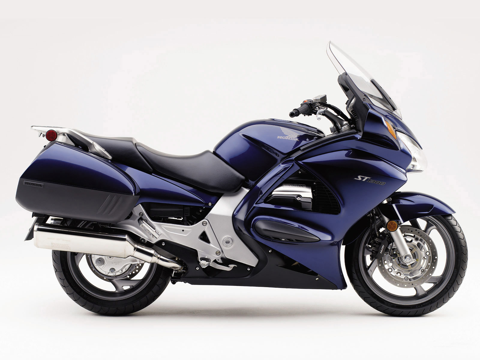 Honda ST1300 2004 1 Motorcyle wallpapers