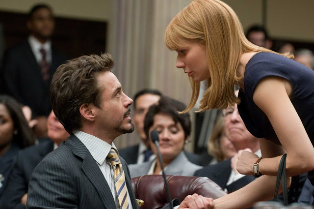 Gwyneth Paltrow talking to Tony Stark in Iron Man 2 movieloversreviews.filminspector.com