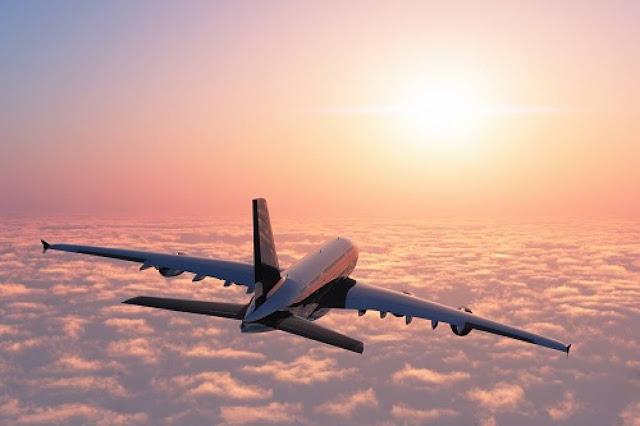 Passageiro embriagado desviou avião que seguia para Moscovo
