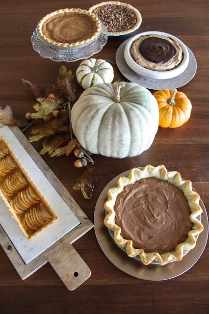 A Bountiful Kitchen: Chocolate Silk Pie and Harmons Thanksgiving Pie Fest!