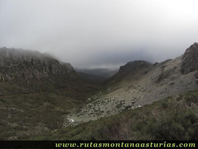 Ruta al Cerro Pedroso: Valle de Valmeán