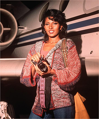 http://ojumeta.tumblr.com/post/144633032852/fuckyeahsavagesistas-pam-grier-as-friday-foster