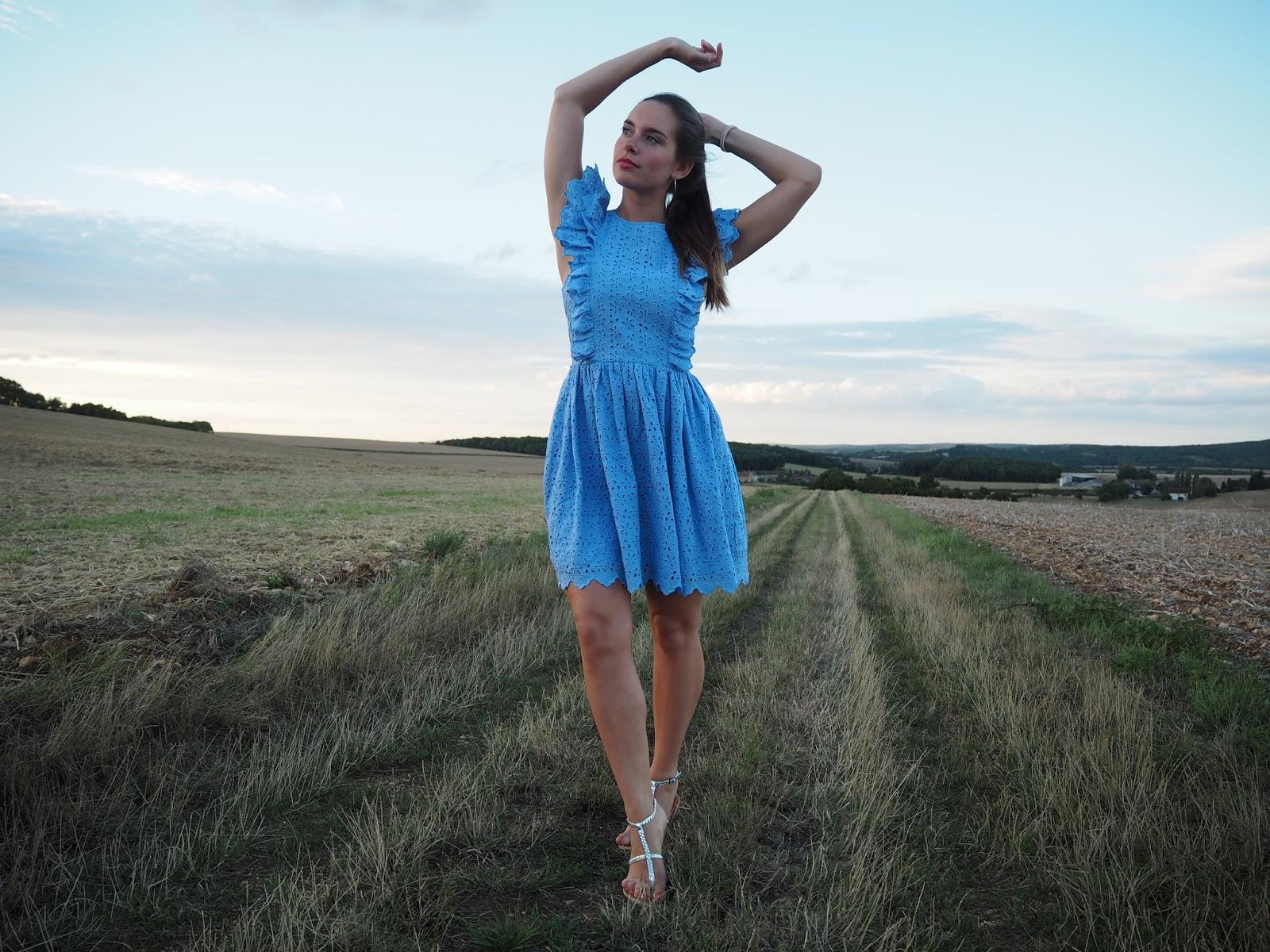 robe bleue HM