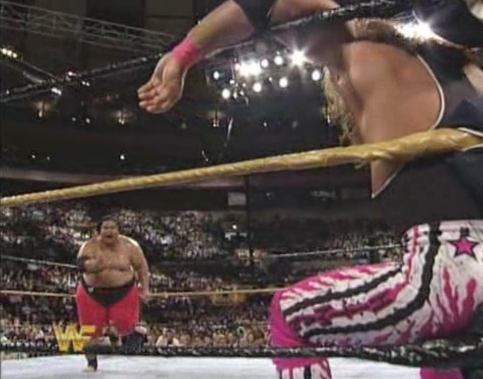 WWF / WWE Wrestlemania 10 - Yokozuna charges at Bret Hart in their main event match