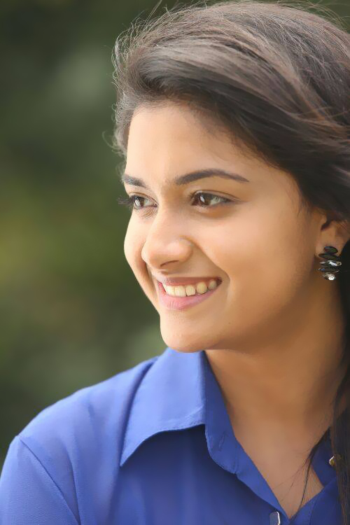 Actress Stills Hot Videos: Tamil Actress Keerthy Suresh