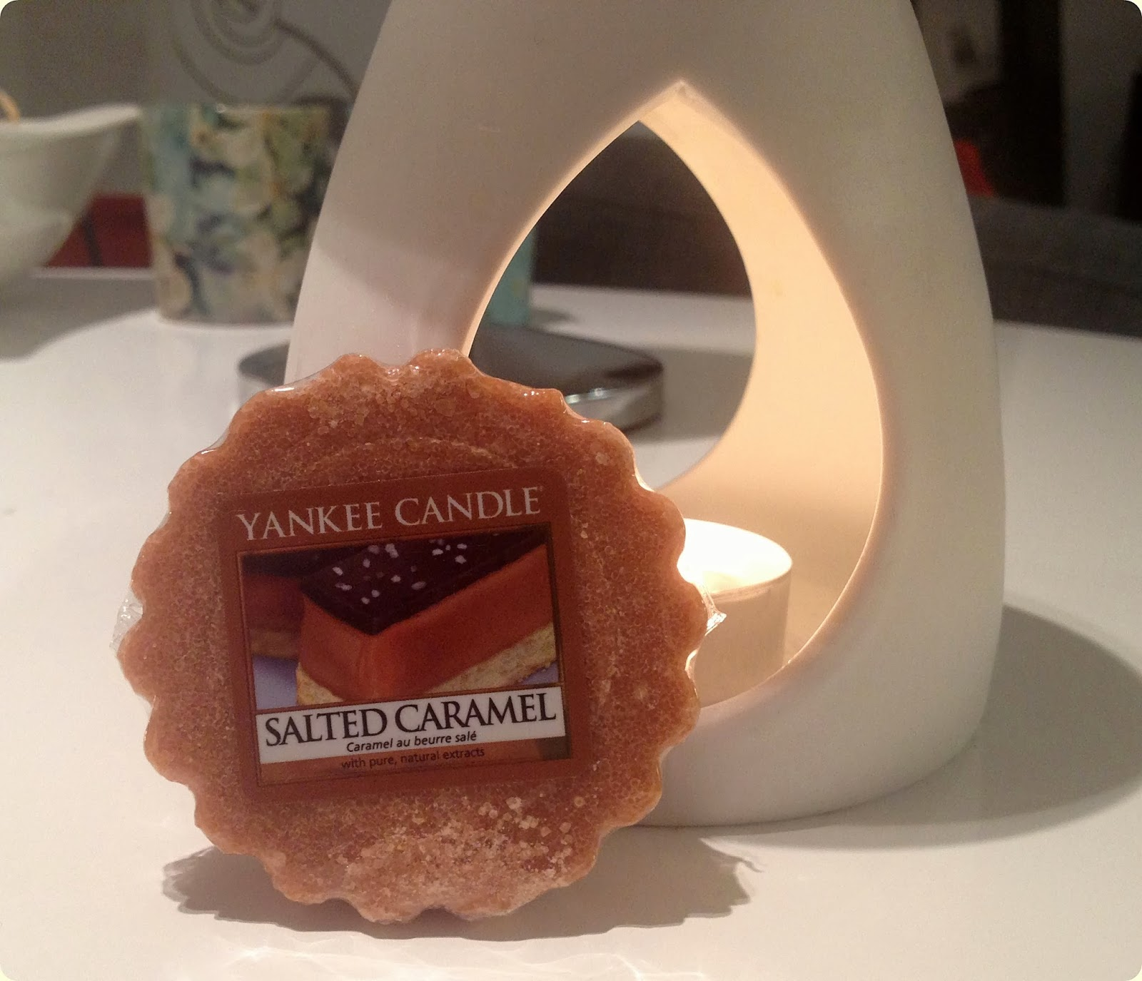 Yankee Candle Salted Carmel + Clean Cotton