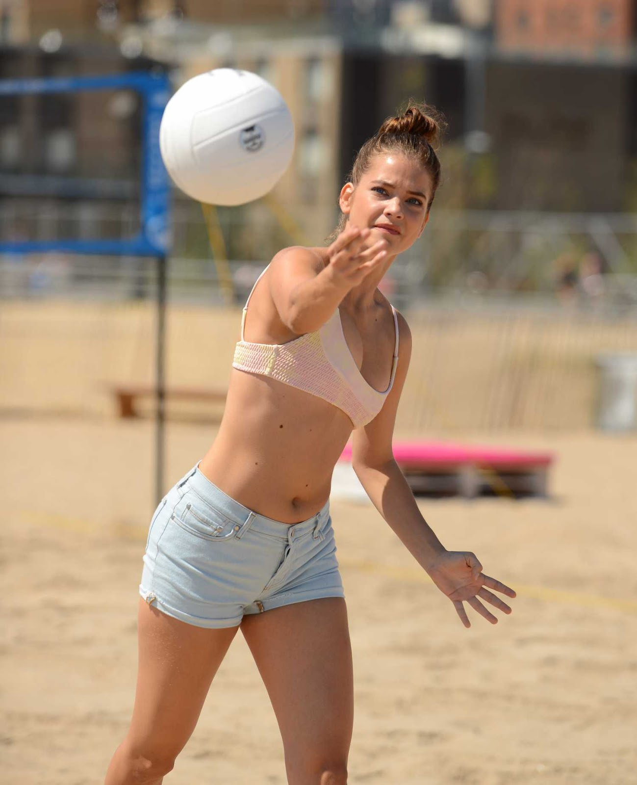 Barbara Palvin Hot Photos