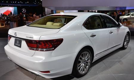 2017 Lexus LS 460 Redesign
