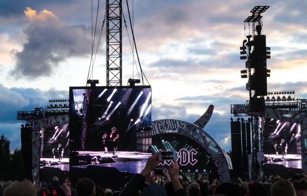 ac-dc häneenlinna 2015 ac-dc suomi kantolan tapahtumapuisto konserttikuvaus konserttikuva live nation