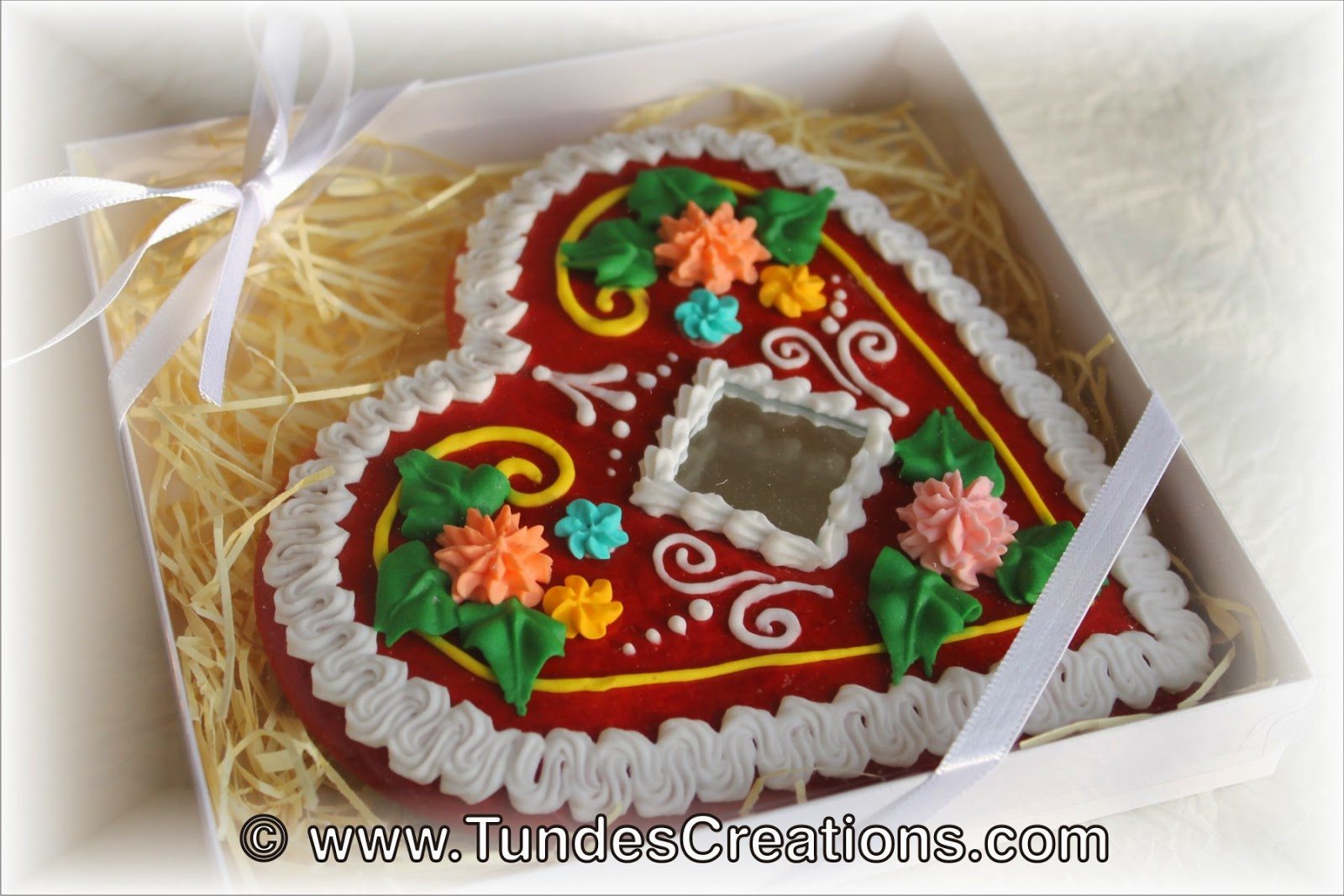 Red Gingerbread Heart 4