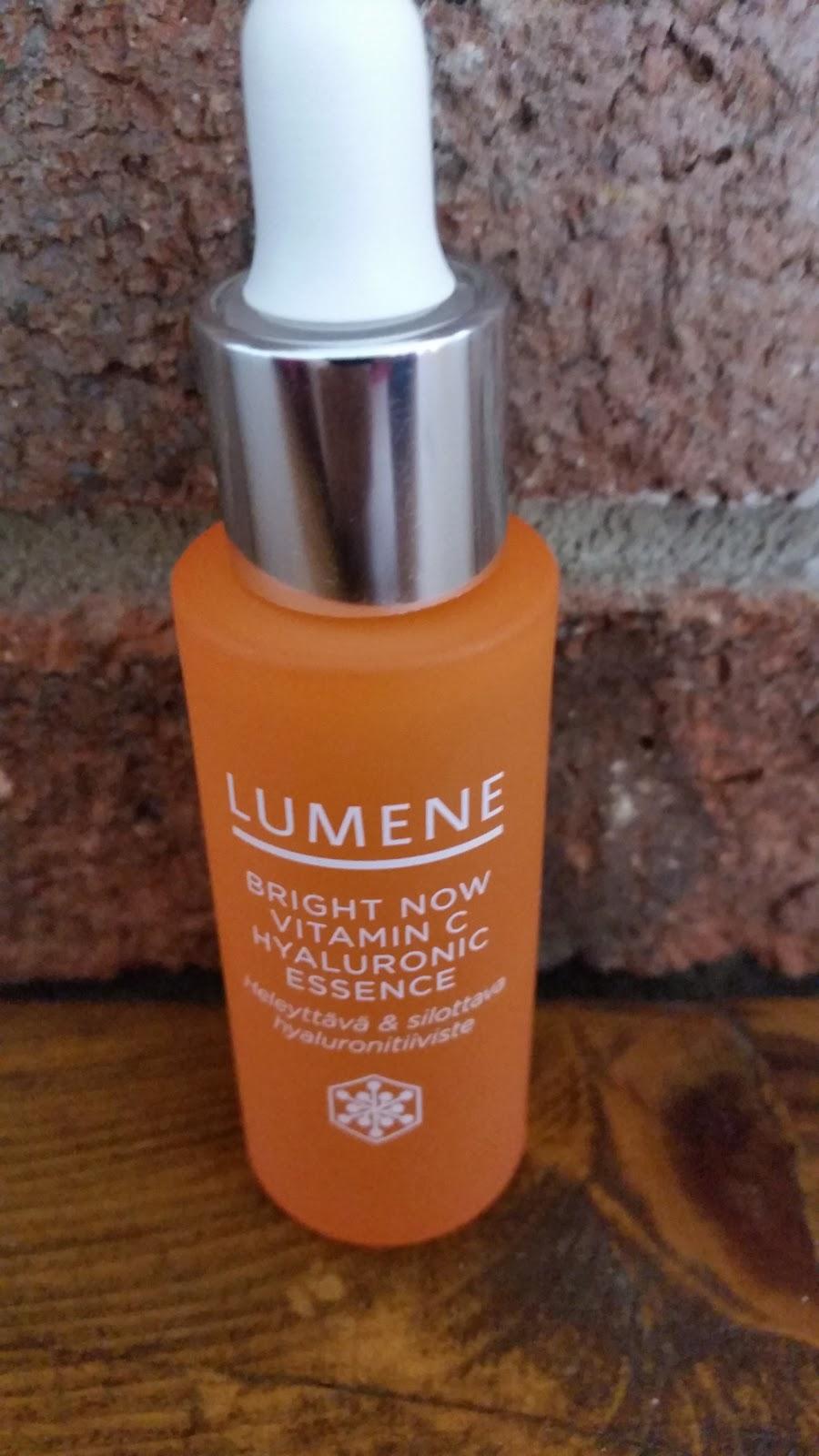 lumene bright now vitamin c hyaluronic essence