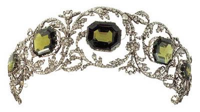 The Habsburg Peridot Parure The Court Jeweller