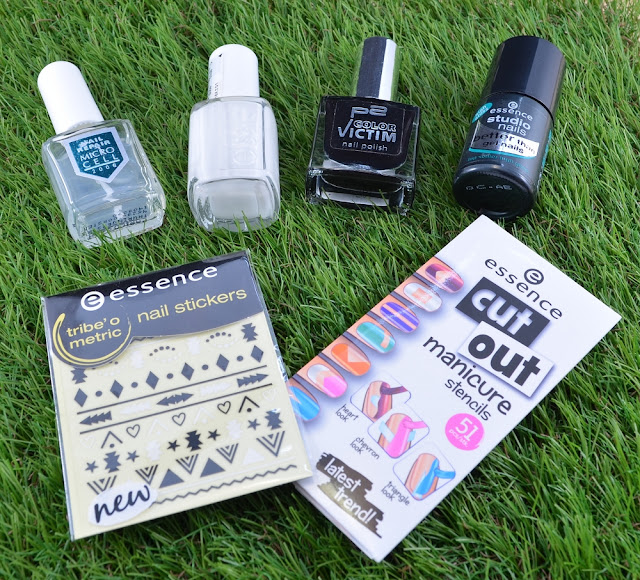 Essence cut out manicure stencils