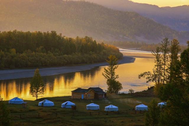 Mongolia Taimen Camp
