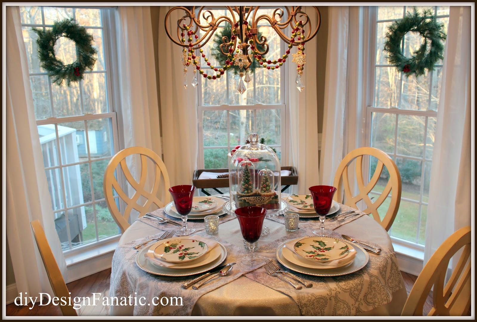 Christmas, Breakfast Room, Christmas tablescape, Christmas decorating, Christmas decorating
