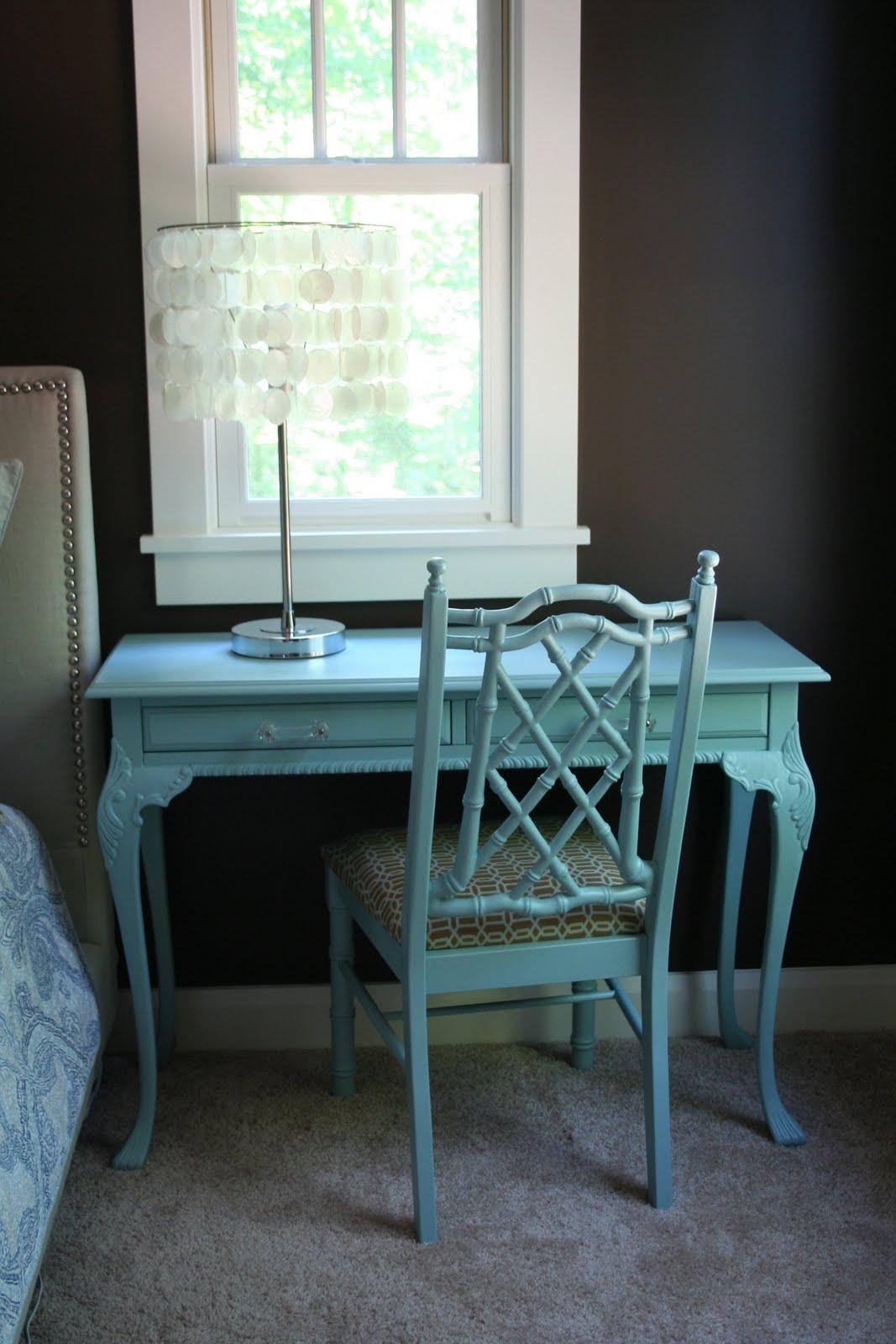 Stuck On Hue: Bedroom Update: Writing Desk Before & After