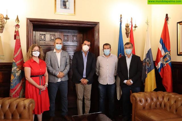 El Ayuntamiento de Santa Cruz de La Palma pide a Comercio continuar peatonalizando zonas comerciales, incluyendo la segunda fase de la avenida