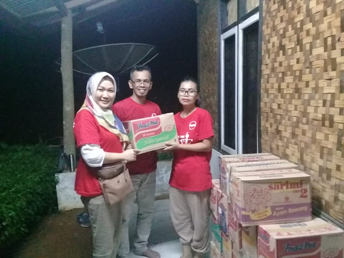 Relawan GK Jokowi bersama Tim Relawan Nasional (TKN) melakukan aksi cepat tanggap menanggulangi korban bencana tsunami Selat Sunda