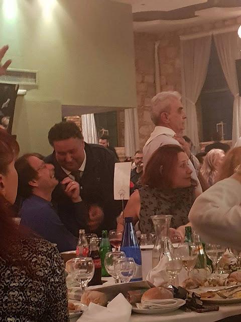 """""""ΑΓΑΠΟΥΛΕΣ"""" μεταξύ του Δήμαρχου του ΣΥΡΙΖΑ, ΧΡΗΣΤΟΥ ΒΡΕΤΤΑΚΟΥ καθώς και του ΑΥΤΟΔΙΟΡΙΖΟΜΕΝΟΥ υποψηφίου δήμαρχου του ΚΙΝΑΛ, ΠΑΝΤΕΛΗ ΚΑΜΑ"""