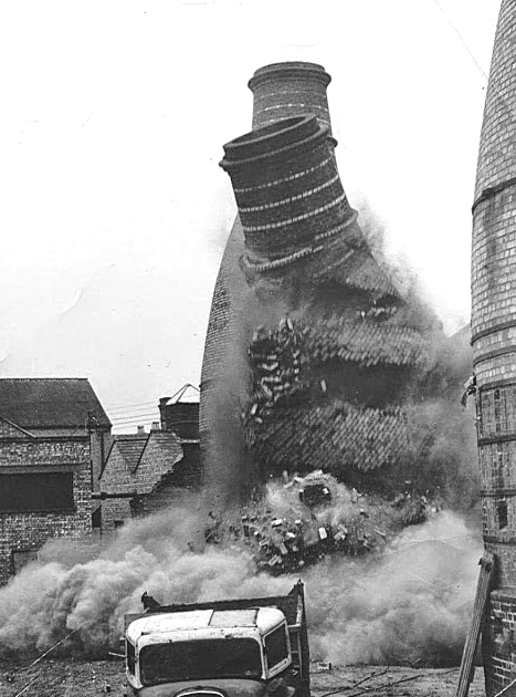 Bottle oven demolition, unknown source and unknown date