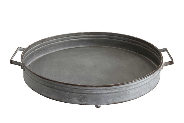 Round metal farmhouse tray