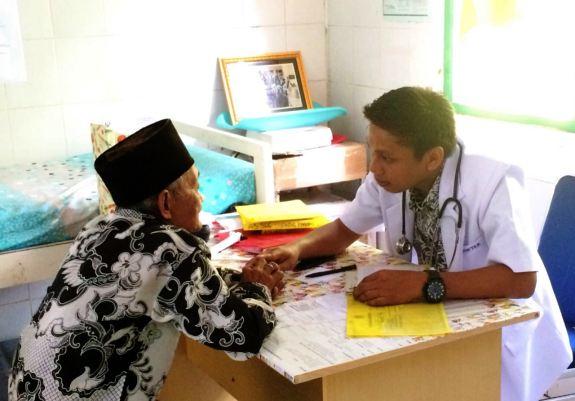 Dokter Internship Mulai Aktif Layani Pasien Di RSUD KH.Hayyung, Dan, PKM Batangmata