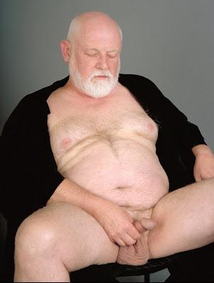 fat man belly jiggle