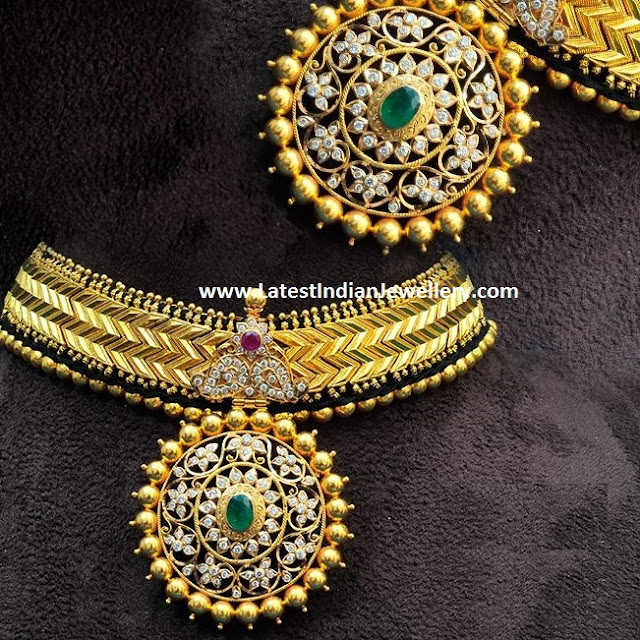 Gold Addige Necklace Heavy Pendant