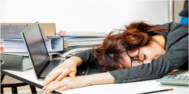 Gampang Mengantuk pada Siang Hari Tanda Gangguan Jantung?