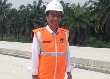 """""""Ayo Dukung Presiden yang Bener-benar Kerja Memenuhi Infrasturktur"""""""