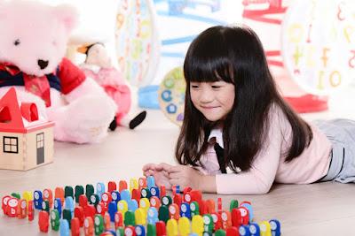 Permainan Anak Sesuai Dengan Usia