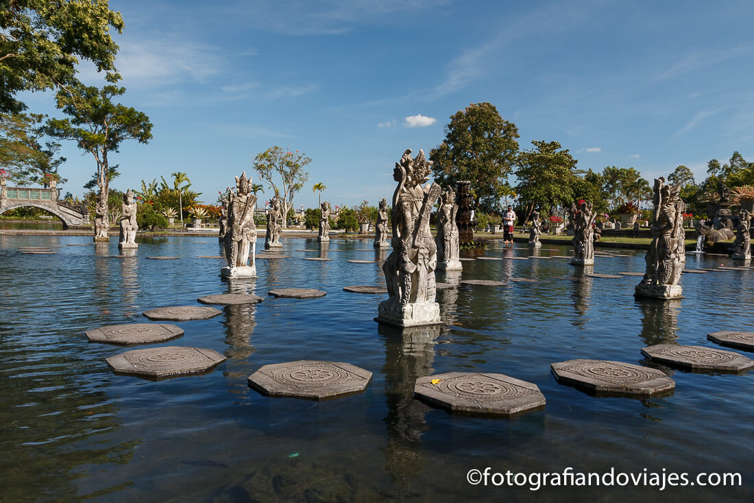piscinas reales de Tirta Gangga en Bali