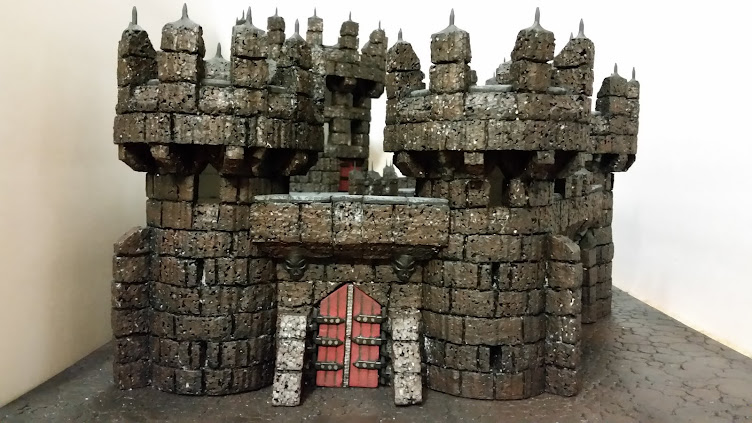 Stronghold Creator Blog: Dungeon tiles and Hot glue