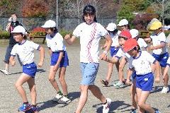 川崎真裕美さん笠間市立東小学校訪問!