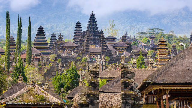 Green city Travel organize Kathmandu to Bali Singapore tour Package