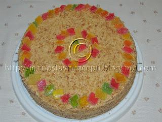 Kamelija torta sa cokoladom sa lesnicima