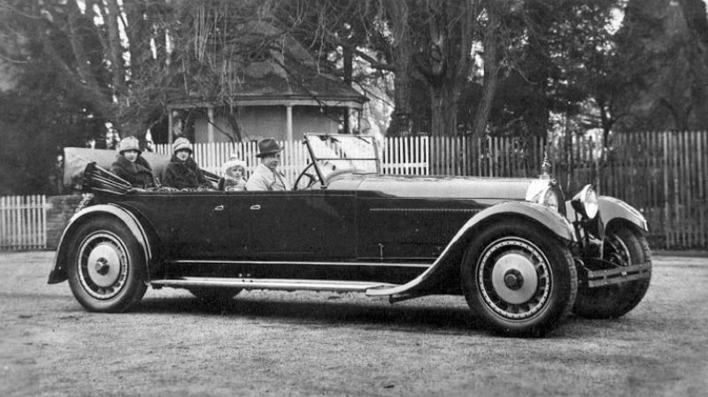 26 Cool Pics Of Bugatti Cars In The 1920s And 1930s Vintage Everyday