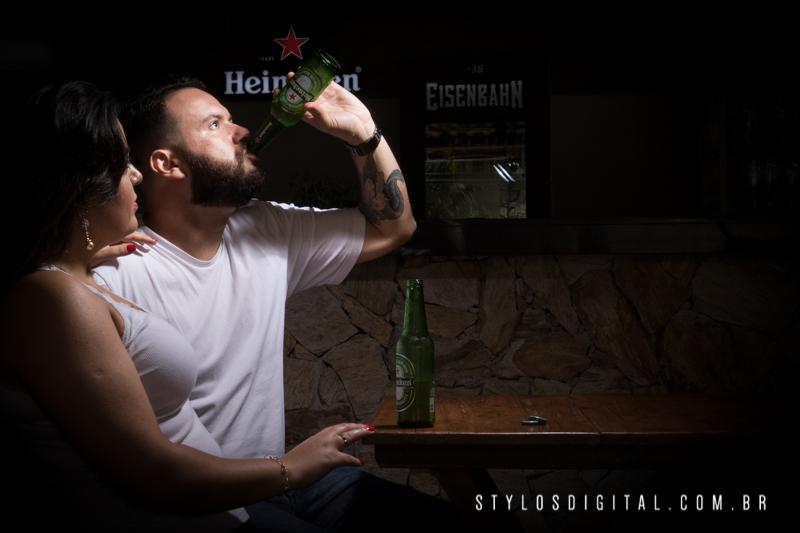 ensaio casal cerveja