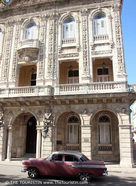 Palacio de Matrimonio vieja havana cuba the touristin
