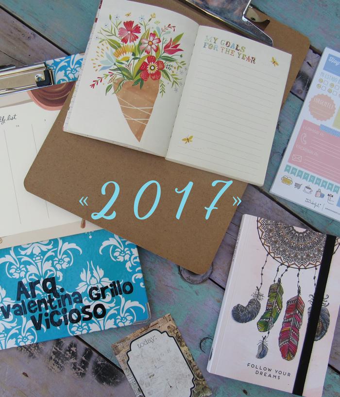 Valentina Vaguada: new year, my desk, creative life, Katie Daisy, new year goals