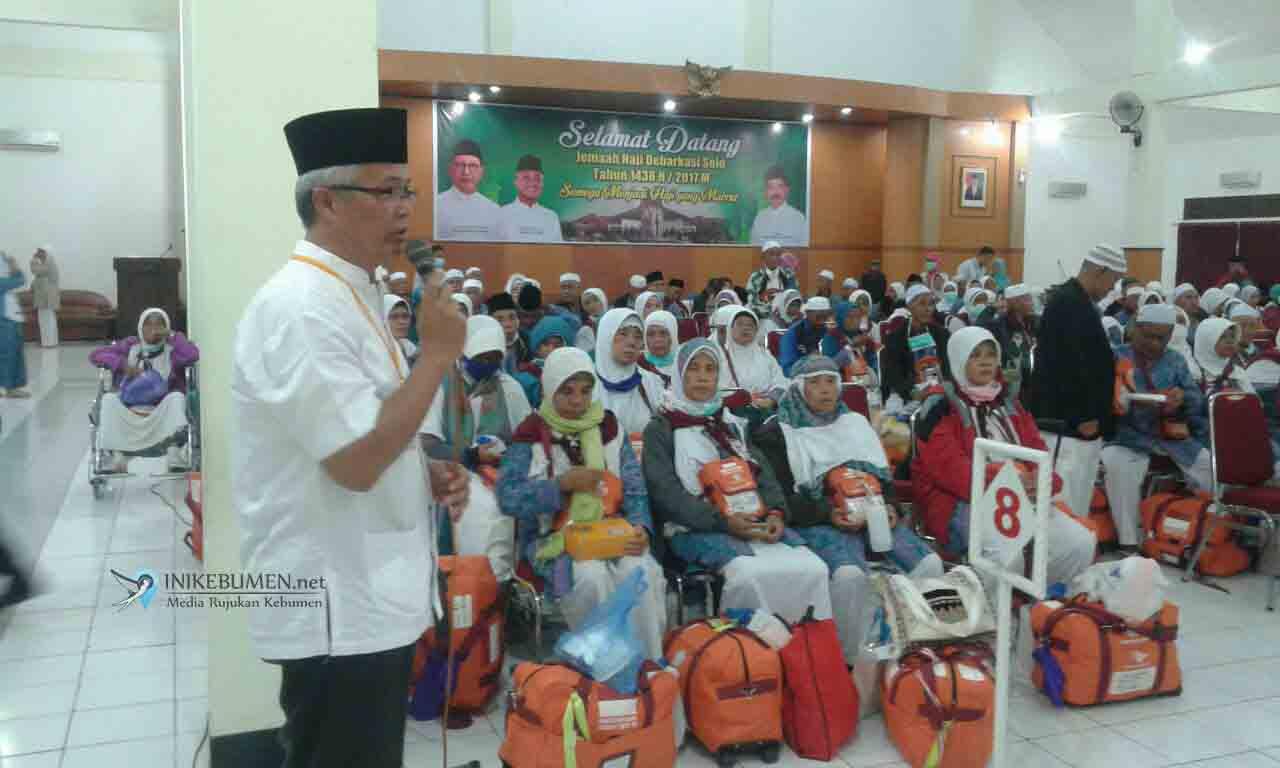 Jamaah Haji Kebumen Kloter 11 Terlambat Tiba di Tanah Air