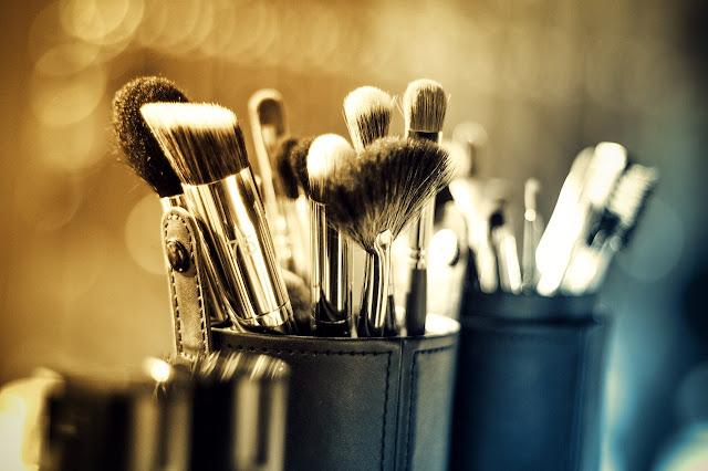 brochas de maquillaje como limpiarlas