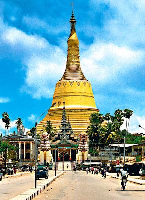 Shwemawdaw pagoda in Bago (1)