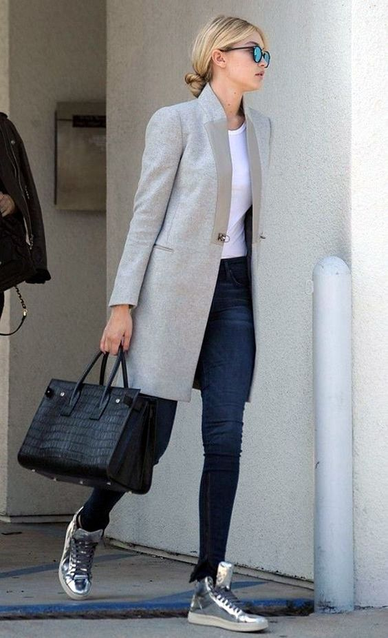 amazing office outfit / crocodile bag + grey coat + skinny jeans + silver sneakers + white top