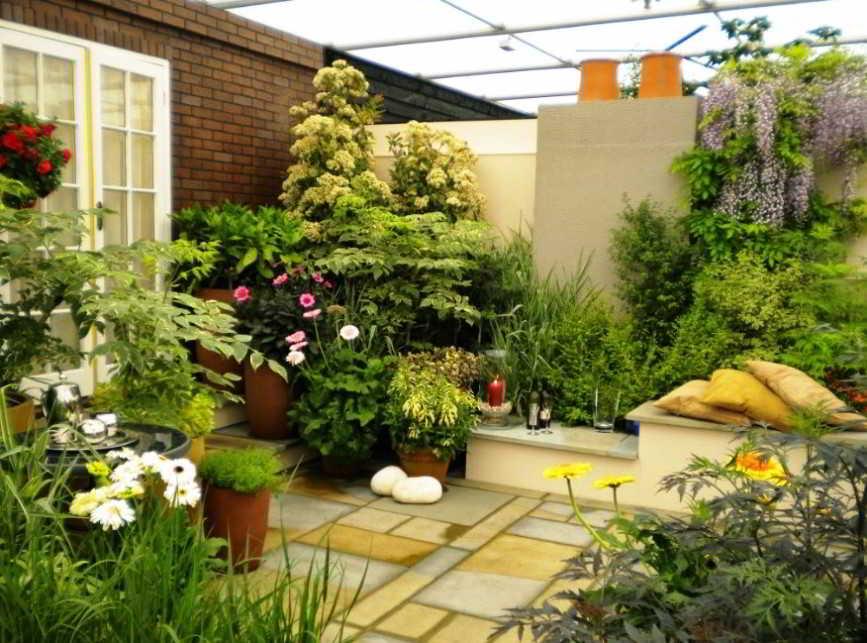 Desain Taman Minimalis Cantik Dalam Rumah